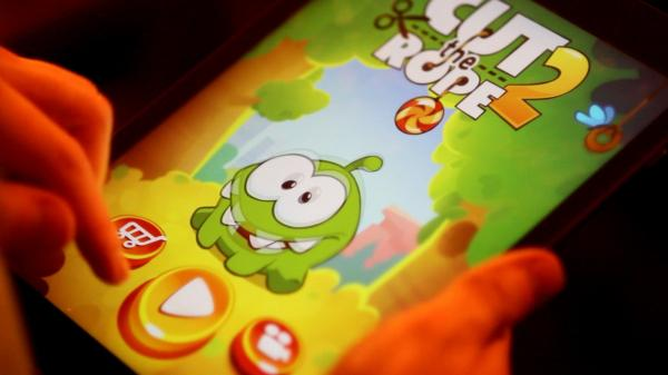 'Cut The Rope 2' Looks Great, Exclusively On iOS