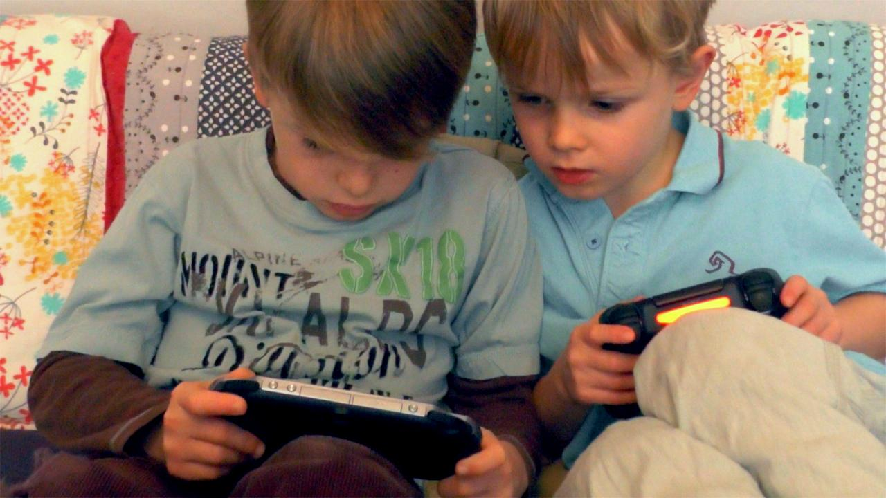 20 Reasons Why 2014 Is The Year Of Family Gaming