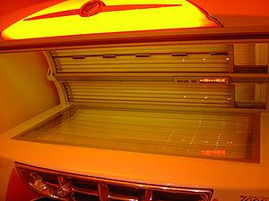 English: Tanning bed - an indoor Cadillac-styl...