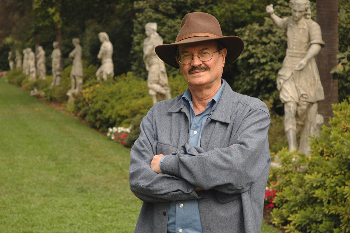 Donor Robert Essick in the Huntington gardens