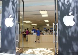 Apple Store's Secret Sauce: 5 Steps of Service [video]