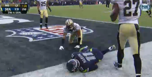 Percy Harvin left the Seahawks-Saints game for the second time after slamming his head on this play and being diagnosed with a concussion.