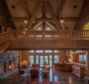 All Star Vacation Homes' Sun Valley Log Home - great for team offsites. Photo Courtesy of... [+] www.rixonandcronin.com Keller Williams Realty Sun Valley (listing broker)
