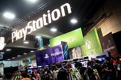 Playstation & Xbox booth