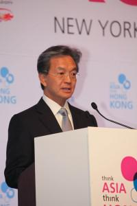 "Jack So, who took over as chairman of the Hong Kong Trade Development Council in 2007, speaking at... [+] the ""Think Asia, Think Hong Kong"" symposium in New York. HKTDC is a statutory board which promotes Hong Kong as a platform for doing business with China and the rest of Asia. So started his career in the Hong Kong government and has held senior positions at the MTR Corporation and PCCW. (Image credit: HKTDC)"