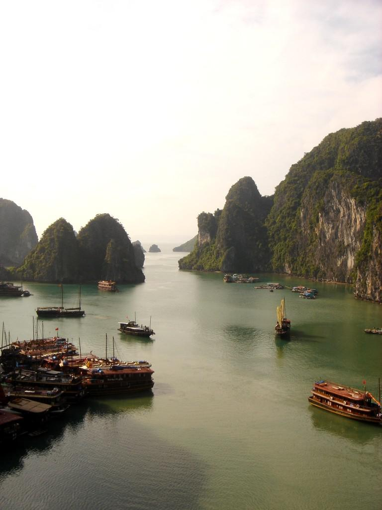 Ha Long Bay in Vietnam is becoming a popular spot for Israeli backpackers. Image credit: Noam Ron