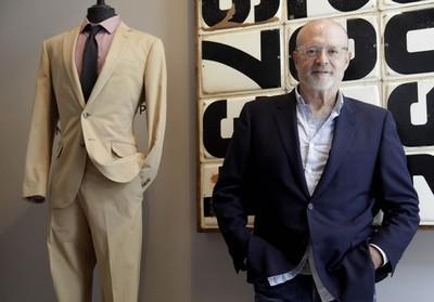 How To Get J. Crew CEO Mickey Drexler On The Phone