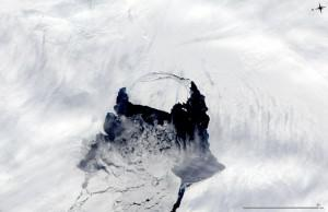 New York-Sized Iceberg Breaks Free Of Antarctica, Could Drift Into Shipping Lanes