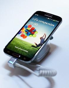 Samsung Starts To Leverage The Galaxy S4 Brand With The New Mini