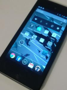 Yota Phone Review: The Android Smartphone From Russia With Two Screens
