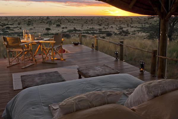 tswalu-main-Sleepout-bed-with-view-1