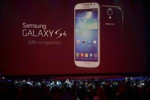 Are The Wheels Coming Off At Samsung, And The Galaxy S4?