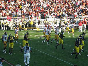 In-game scene from the 2007 Rose Bowl game in ...
