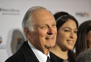Alan Alda Reminisces About His Star Turn As Hawkeye Pierce In 'M*A*S*H'