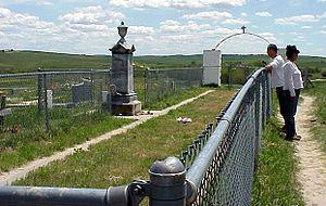 English: The mass grave at the Wounded Knee Ma...