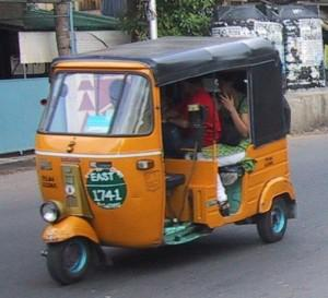 Rolling Dirty (on natural gas): an auto-rickshaw in Chennai, India. (image: Prince Roy on Flickr)