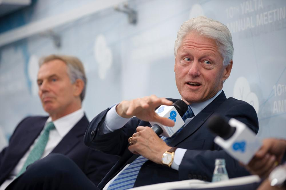 President Bill Clinton speaking in Yalta; Photo: YES@2013