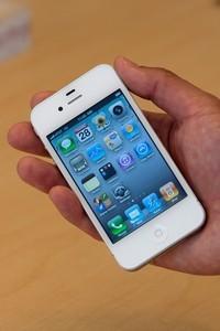 Apple Sales Soar In India