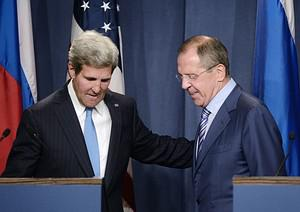 US Secretary of State John Kerry (L) and Russi...