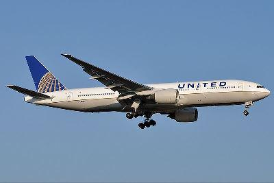 United just announced it is joining Delta in adding spending minimums to its elite frequent flier... [+] program in addition to mileage. Photo: Wikipedia