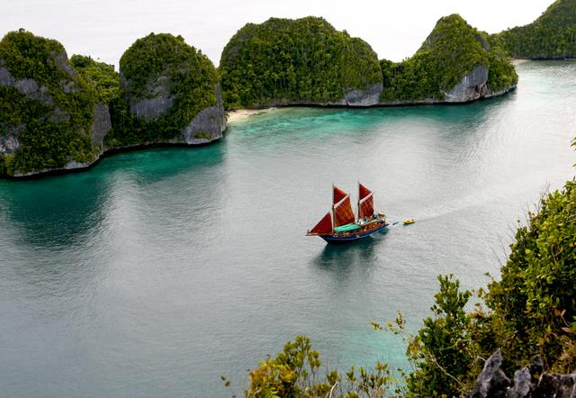 The Most Exotic, Luxurious Diving Trip In The World