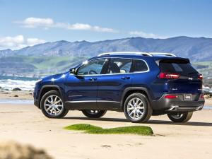 2014 Jeep Cherokee Limited on the beach