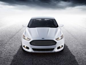 Test Drive: 2013 Ford Fusion Impresses In Every Way But One