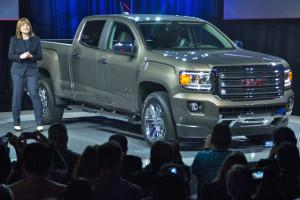 GM CEO Mary Barra unveils the 2015 GMC Canyon to a packed house at the Detroit auto show. (Credit: General Motors)