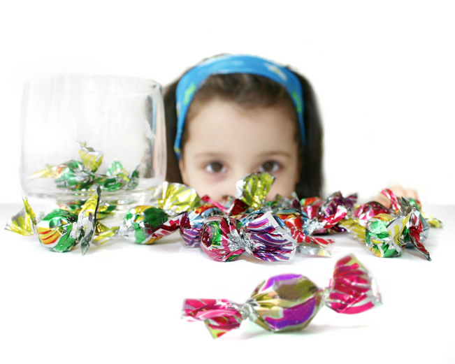 Candy poses a serious choking risk for children, new study shows (photo: Wikimedia)
