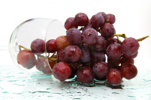 Resveratrol, an extract from grape skins and red wine, is being studied for numerous age-retarding... [+] benefits, including weight loss. (Photo: photobucket public domain)