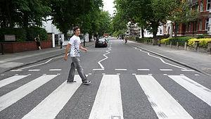 The famous zebra crossing in Abbey Road where ...