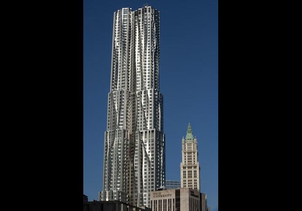 New York By Gehry Pg 17
