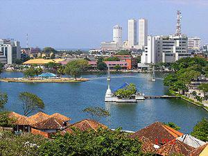 English: The Colombo World Trade Center in Sri...