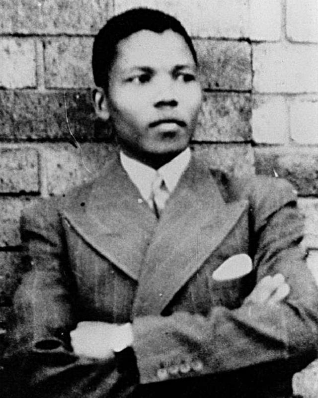 English: Young Nelson Mandela. This photo date...