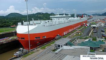 """Panamax ship """"Talisman"""" at the Miraf..."""