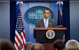English: President Barack Obama makes a statem...