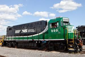The second generation NS 999 electric switcher locomotive uses Axion Batteries. Photo by Missy Schmidt.