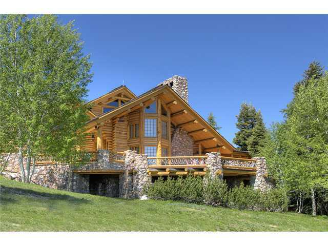 Mitt romney buys massive park city utah mansion for Affitto cabina park city utah