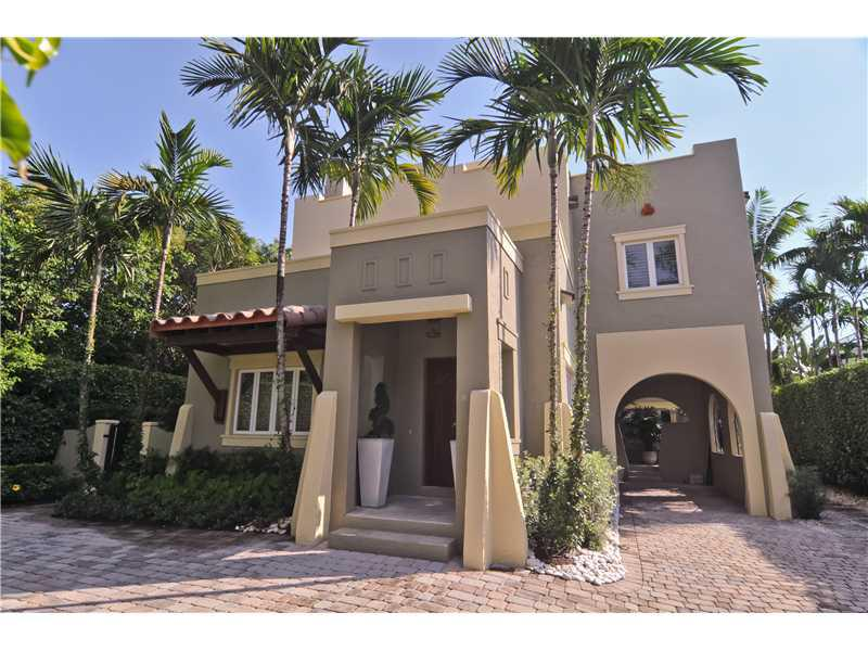 Drudge Report Owner Matt Drudge Sells Miami Mansion To FedEx Executive For $1.575 Million
