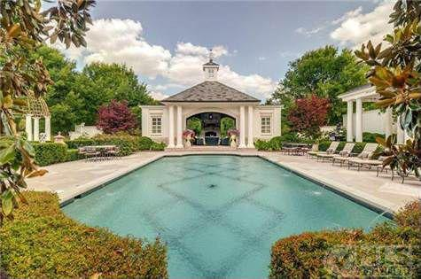Homes jay gatsby would love for Jay gatsby fear of swimming pools