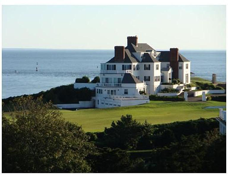 Taylor Swift's Rhode Islands home