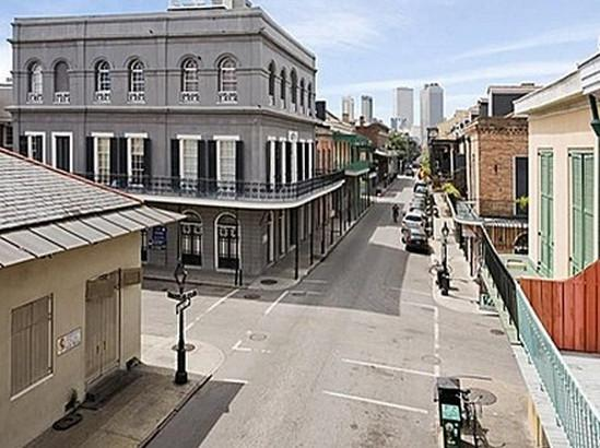 The LaLaurie House (Source: Google Maps)