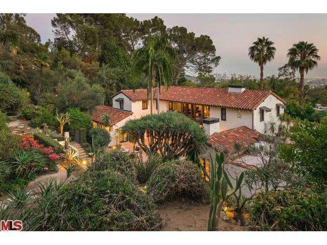 Drool Over The Selena Gomez House And 9 Homes Of Celebs Under 30 also Tori Spelling   Worth together with Stars Collide Pattinson Gets Big Bang For Los Feliz Home as well Joan Crawfords Former Home in addition Homedeanoakman. on stars homes in beverly hills